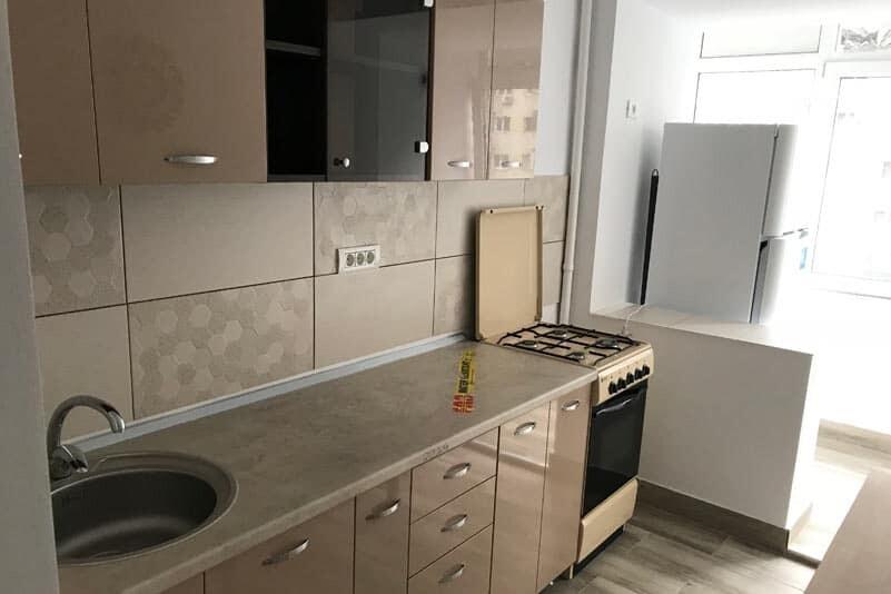 creme color kitchen