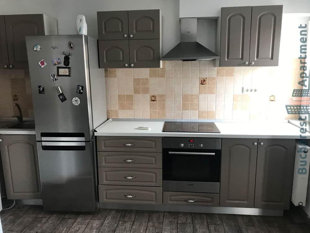 grey wood kitchen